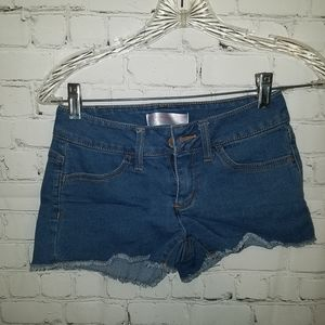 No Boundaries Denim Cutoffs